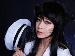 韩国美女《英雄联盟》阿狸性感COS