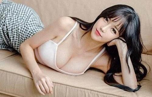 """""""鸭梨""""很大呀 韩国最胸女主播晒新照"""