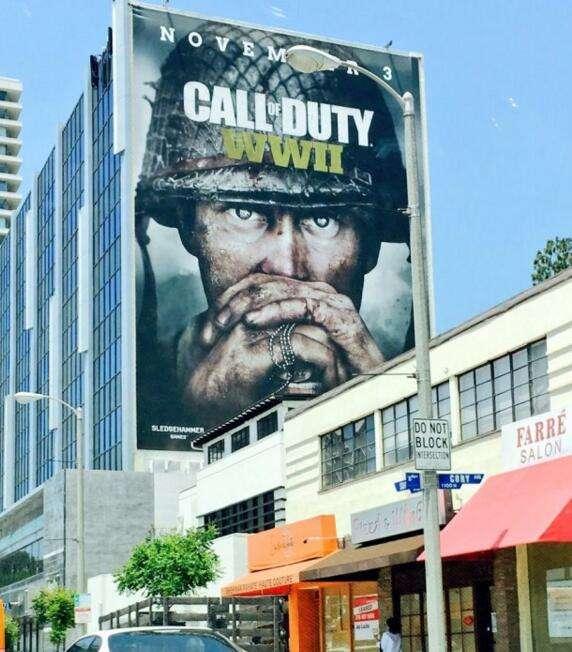 《使命召唤14》巨幅海报贴满整栋楼