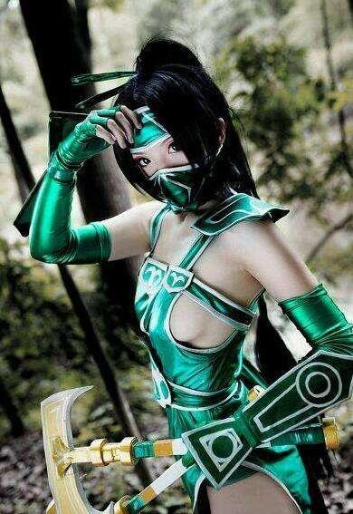 LOL女玩家最美cosplay集锦 第一居然是盲僧