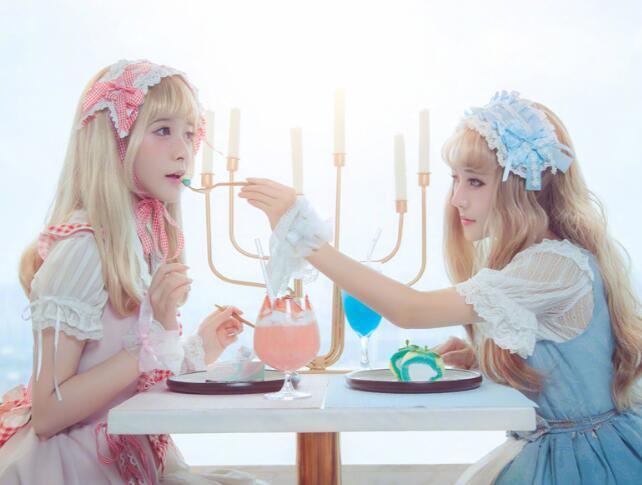 徐娇又出新COS作品 这一次Lolita洋装萌坏粉丝